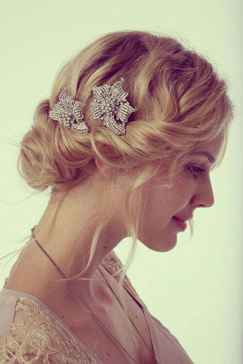 Short wedding hairstyles for fine hair