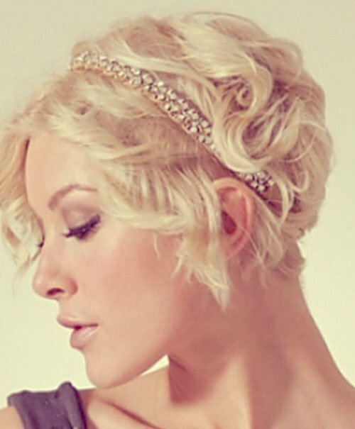 Textured wedding hairstyles for short hair