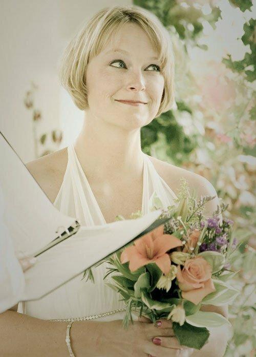 short blonde hair for wedding