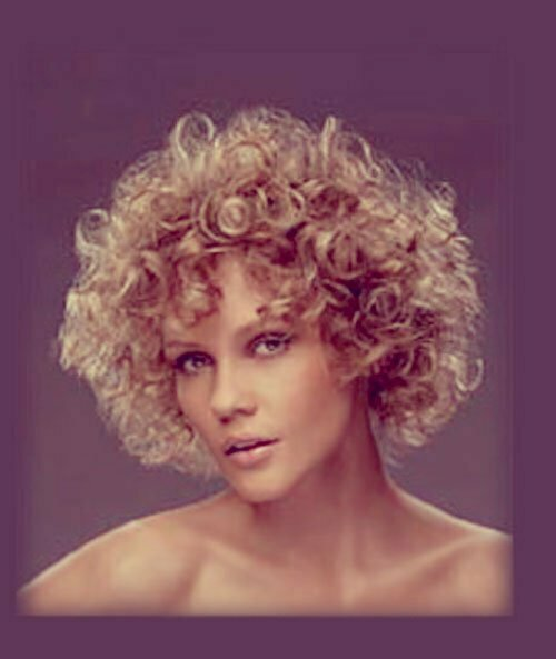 25 Short Curly Haircuts-6