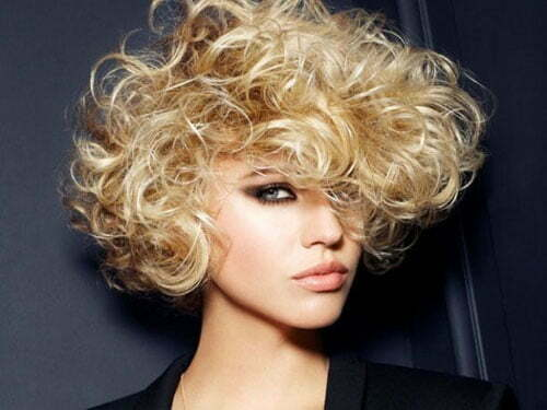 25 Short Curly Haircuts-8