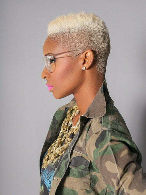 short hair styles for black girls 25 haircuts for black 2284 | 25 Short Haircuts for Black Women 3
