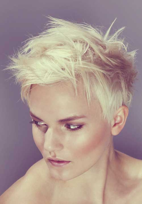 Best Short Blonde Haircuts-1
