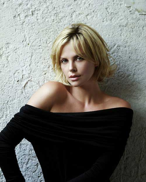 Best Short Blonde Haircuts-11