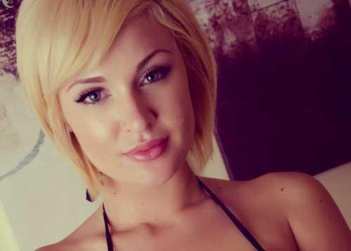 Best Short Blonde Haircuts-4
