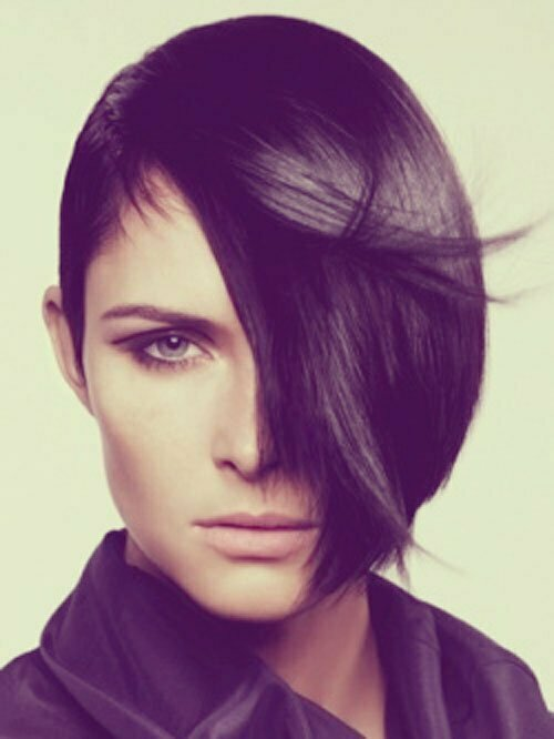 Best Short Haircuts for Oval Faces-10