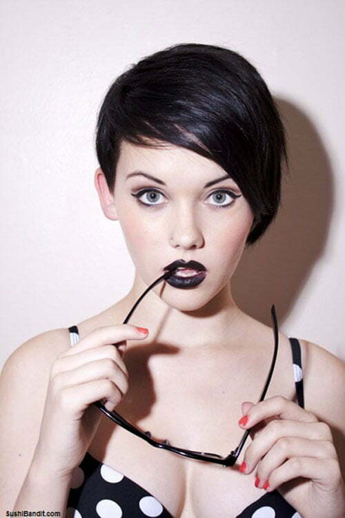 Best Short Haircuts for Oval Faces-5