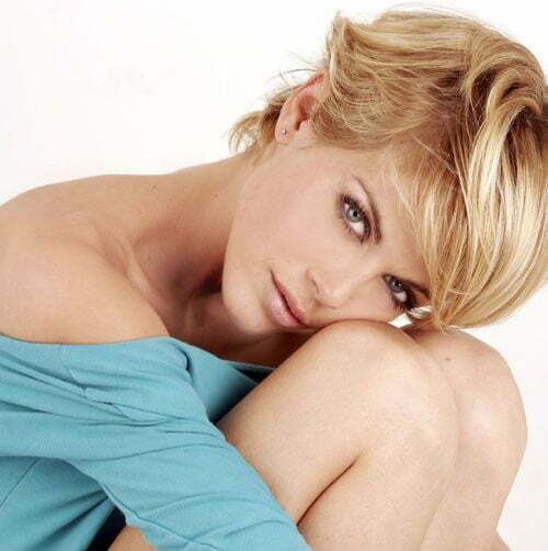 Best Short Haircuts for Oval Faces-9