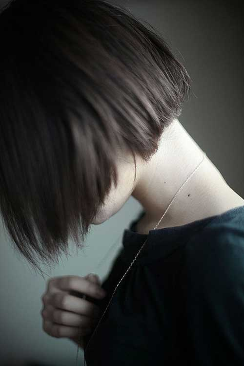 Short hairstyles side view