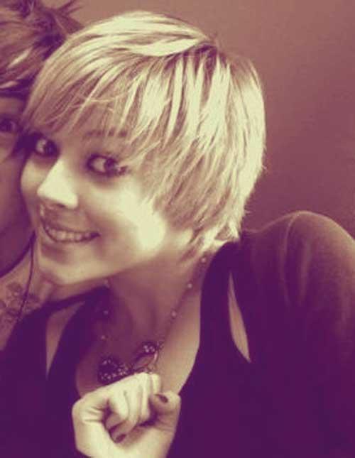 Cute short blonde haircuts 2013