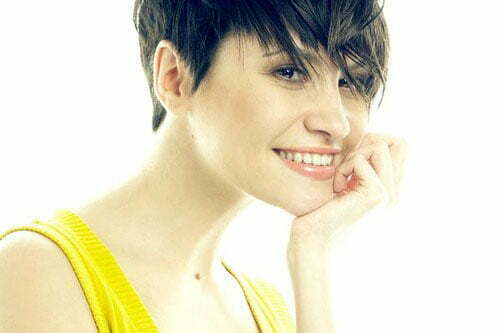Cute hairstyles for short hair with bangs