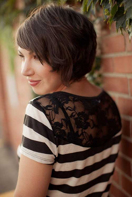Cute short bob haircuts with bangs