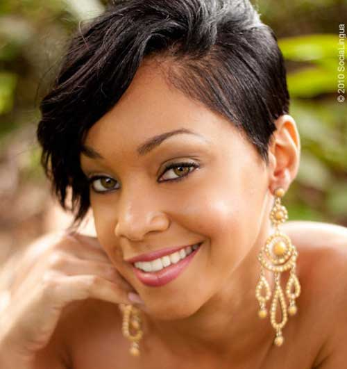 Cute short haircut for black women