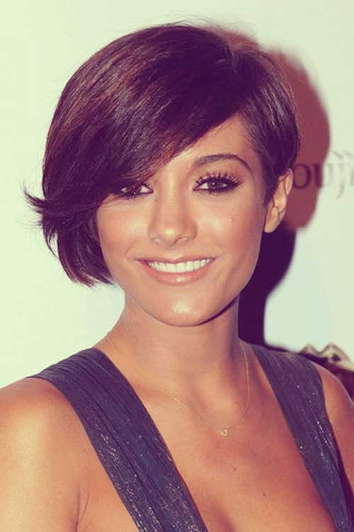 Frankie Sandford short haircut