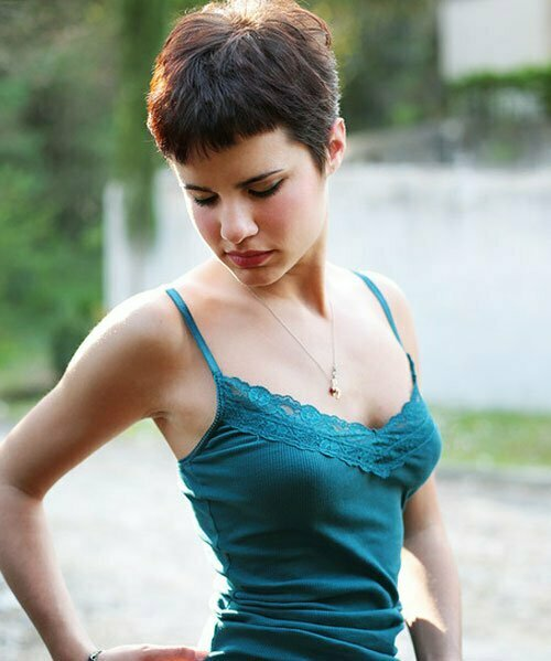 Cute pixie haircuts for girls