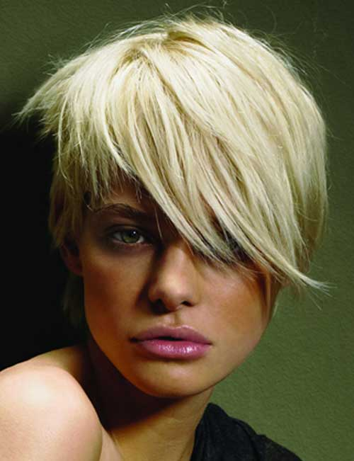 Short hairstyles for girls with blonde hair