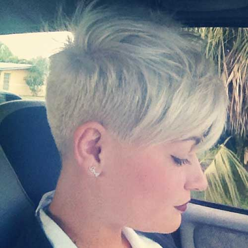 Short pixie hairstyles for round faces