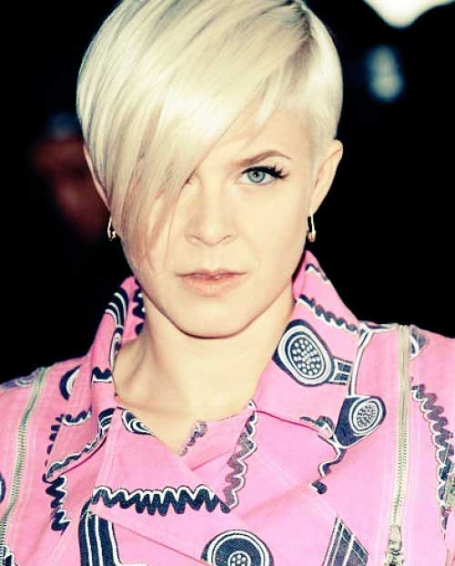 Short Celebrity Haircuts 2012 - 2013-6