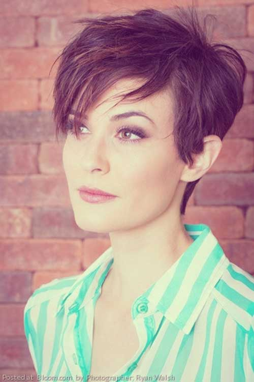 Short Haircuts for Thick Hair-9