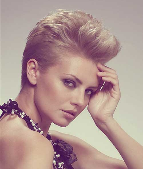 Short Hairstyles for Round Faces-1