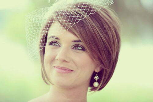 Short Wedding Hairstyles for Women-1
