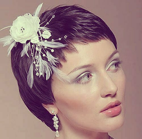 Short Wedding Hairstyles for Women-18