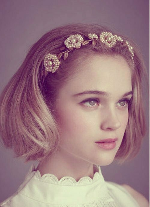 Short Wedding Hairstyles for Women-5