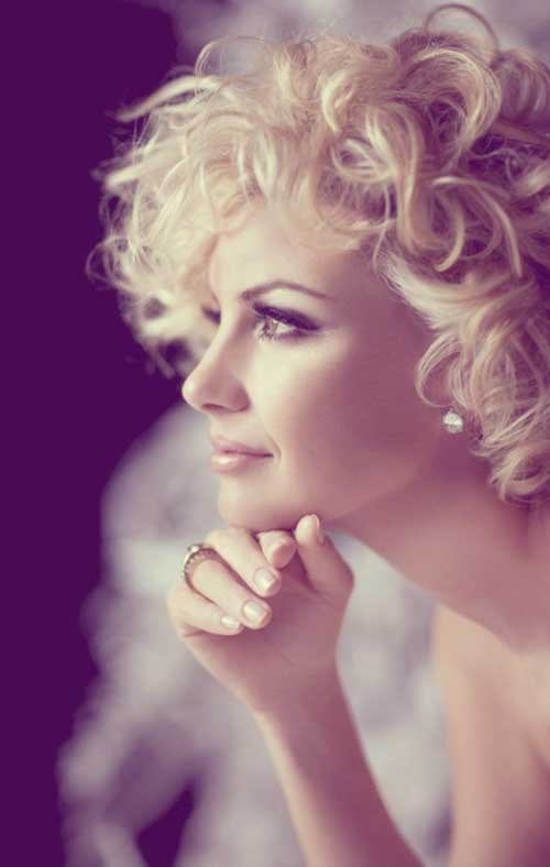 Short blonde curly haircuts