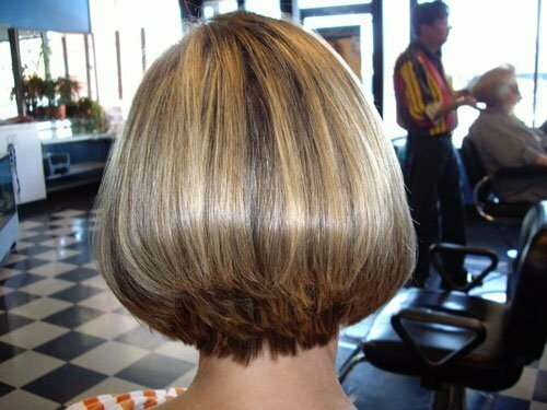 Short bob hairstyles and color