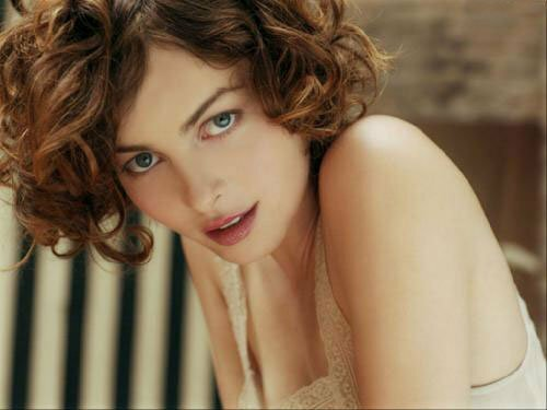 Short curly hair pictures women