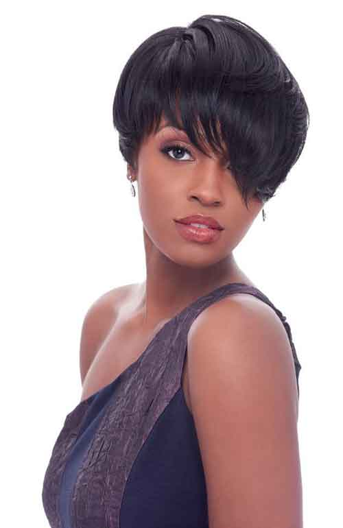 Short haircut with bangs for black women