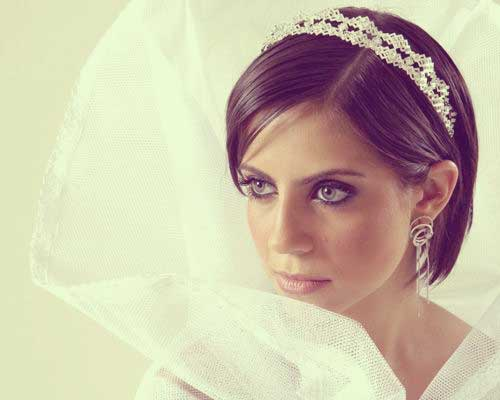 Wedding hairstyles for short straight hair