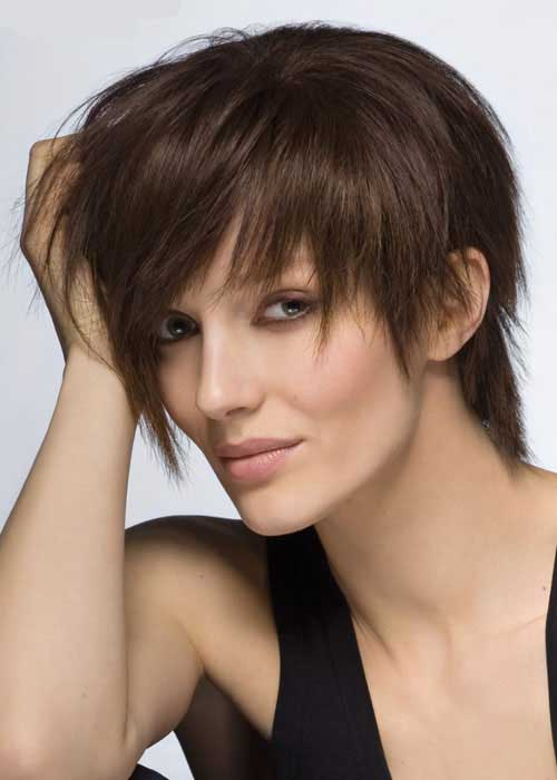 Short textured hair for women