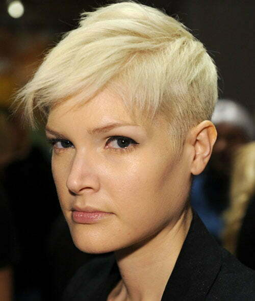 Short trendy blonde hairstyles