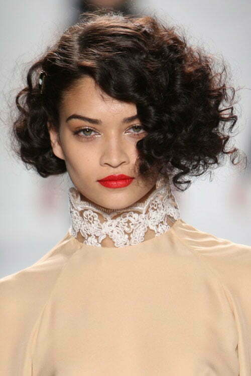 girls like to carry that hair color. Short curly hairstyles also look
