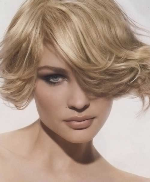 Great haircuts for short wavy hair