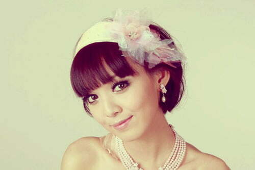 Wedding hairstyle for short hair with headband