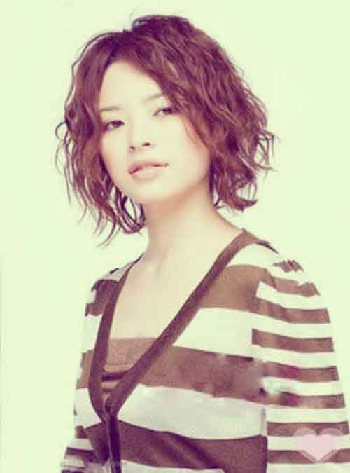 Trendy Asian short hairstyle