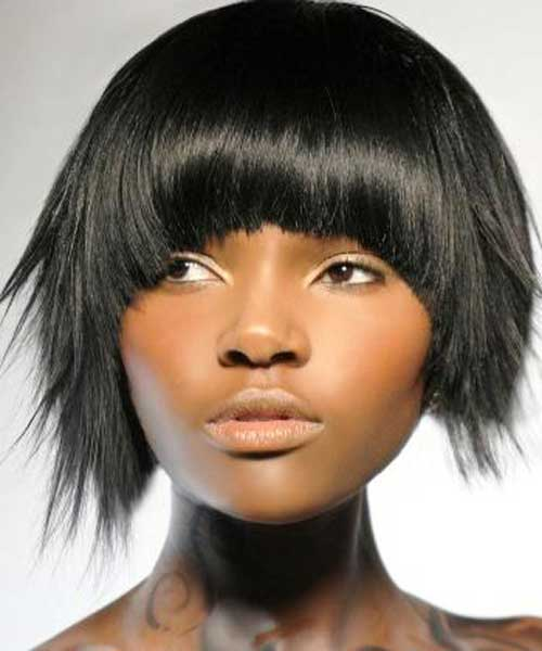 20 Popular Short Hairstyles for Black Women-8