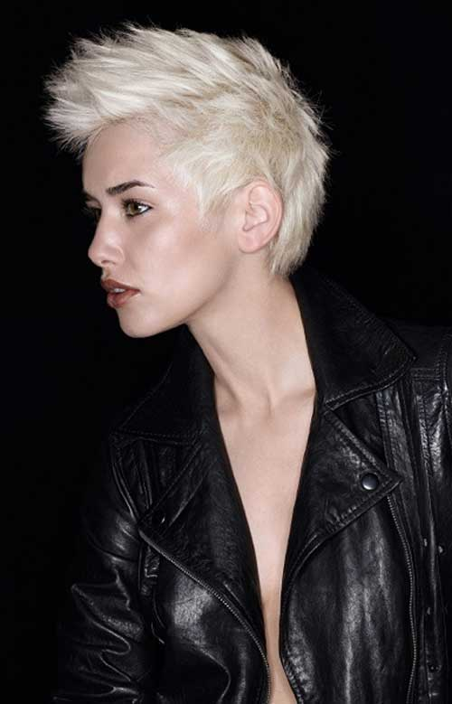 25 Short Hairstyles for Blonde Hair-11