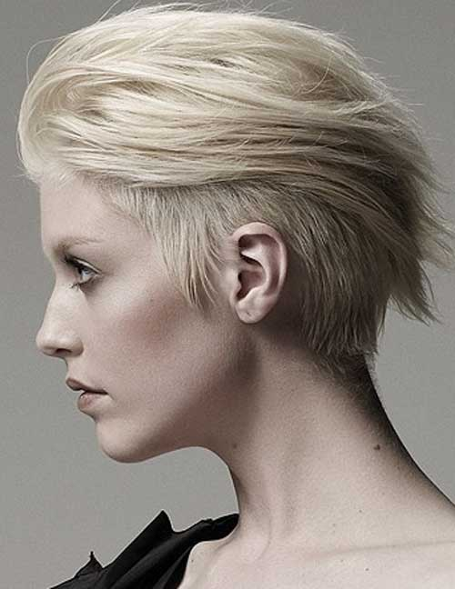 25 Short Hairstyles for Blonde Hair-13