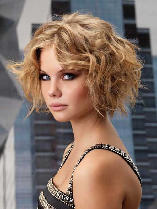 Beautiful Short Curly Hairstyles-11