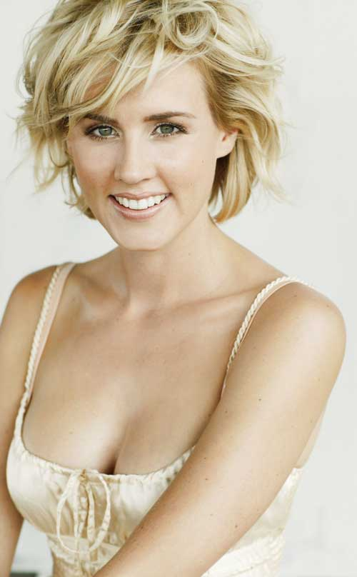 Beautiful Short Curly Hairstyles-12