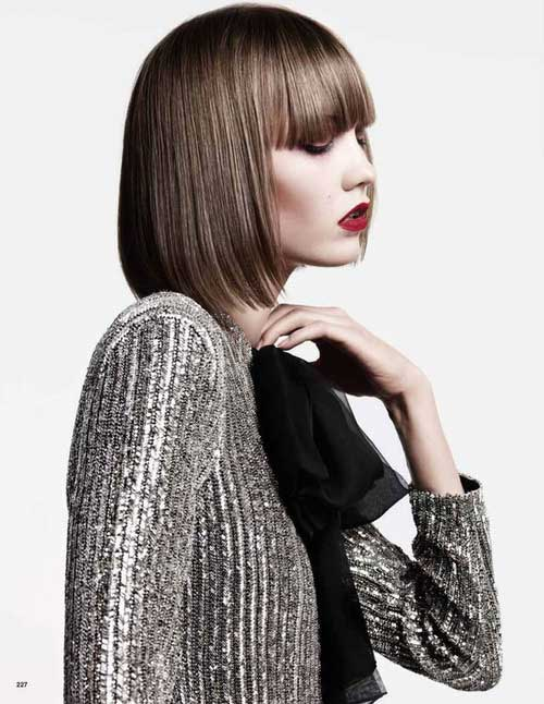 Best Short Haircuts for Straight Hair-6
