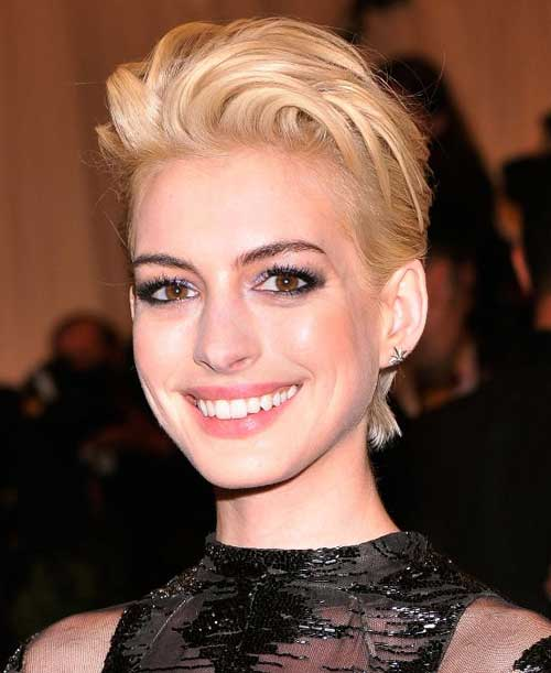 Cute celebrity short haircuts