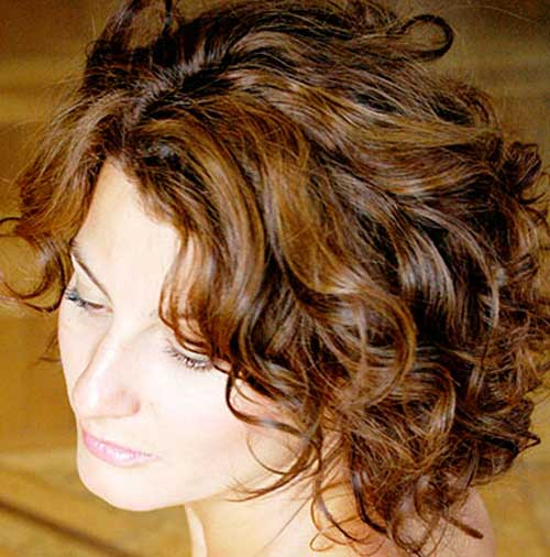 Short brown curly hairstyles
