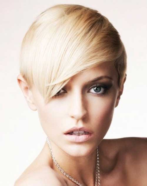 Easy Short Straight Hairstyles-11