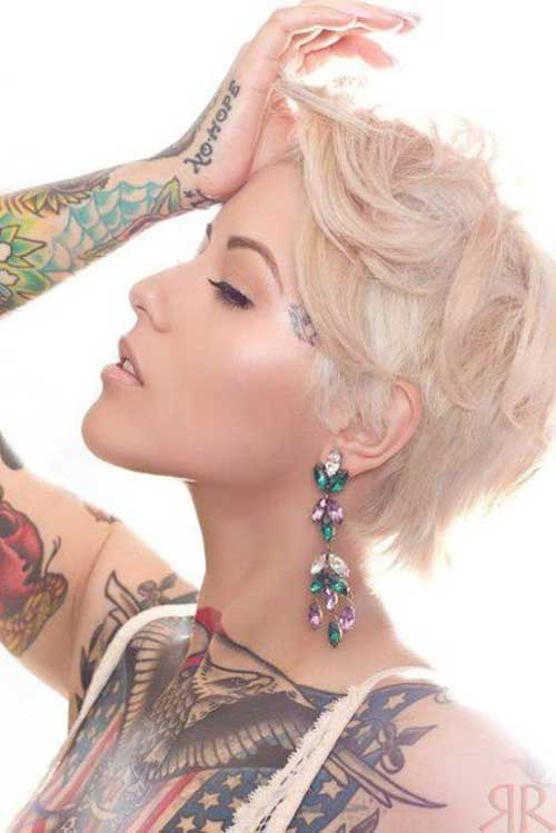 Great short blonde hairstyle