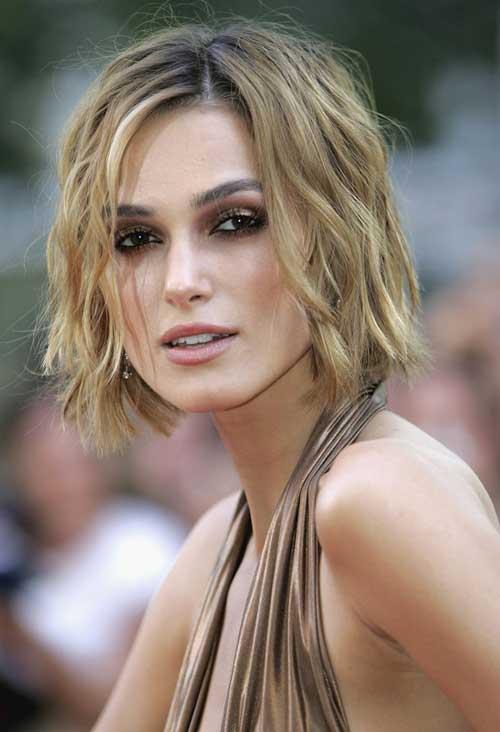Keira Knightley short wavy hairstyle
