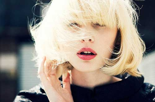 Latest Short Blonde Hairstyles-5